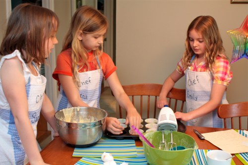 Encourage Kids To Cook By Hosting A Cooking Themed