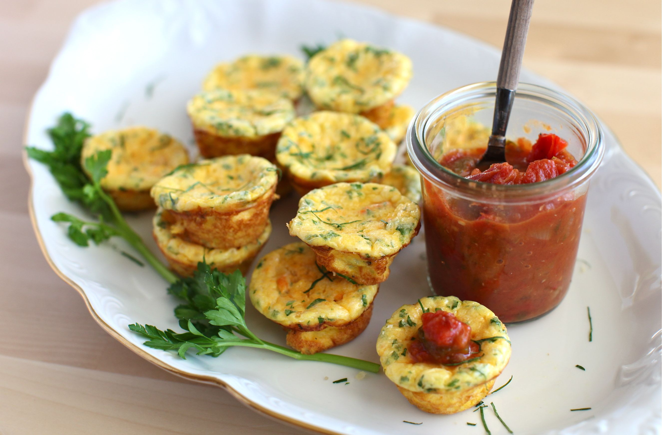 squash & parmesan crustless mini quiches and an appetizers round-up