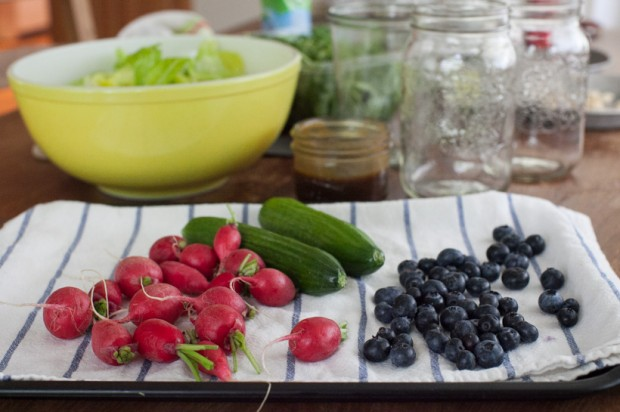 drying salad ingredients