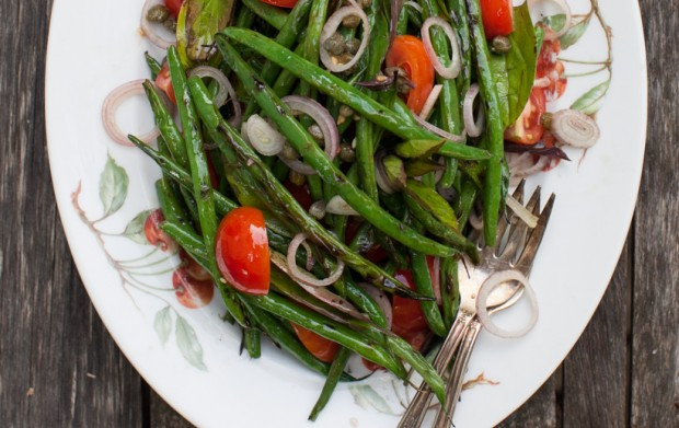 Grilled green bean salad on simplebites.net