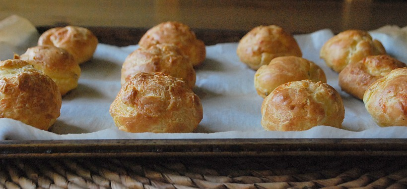 Classic Gruyère Gougères: A make-ahead party snack for holiday ...