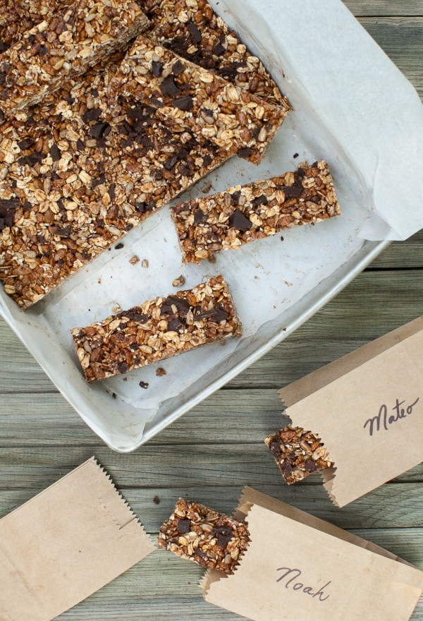 Chocolate-Oat Cereal Bars www.simplebites.net