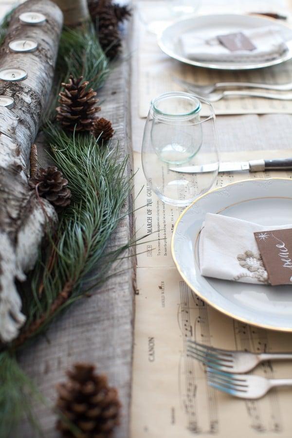 Rustic Christmas Tablescape www.simplebites.net