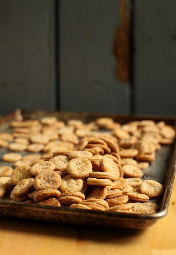 White Pepper & Parmesan Crackers :: Simple Bites #recipe #snack #crackers