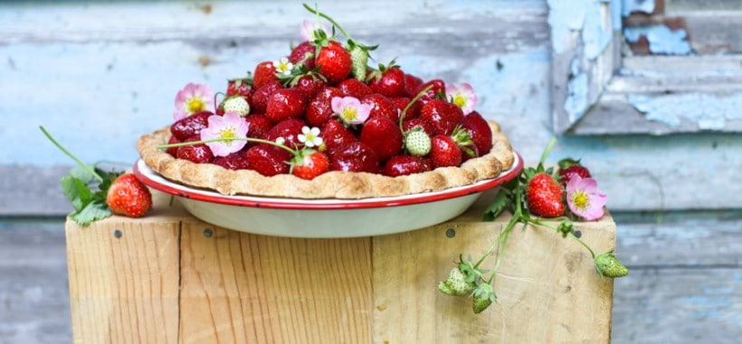 3-ingredient Fresh Strawberry Pie | Simple Bites #recipe #pie #strawberries