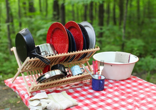 How to wash dishes when camping | Simple Bites #camping