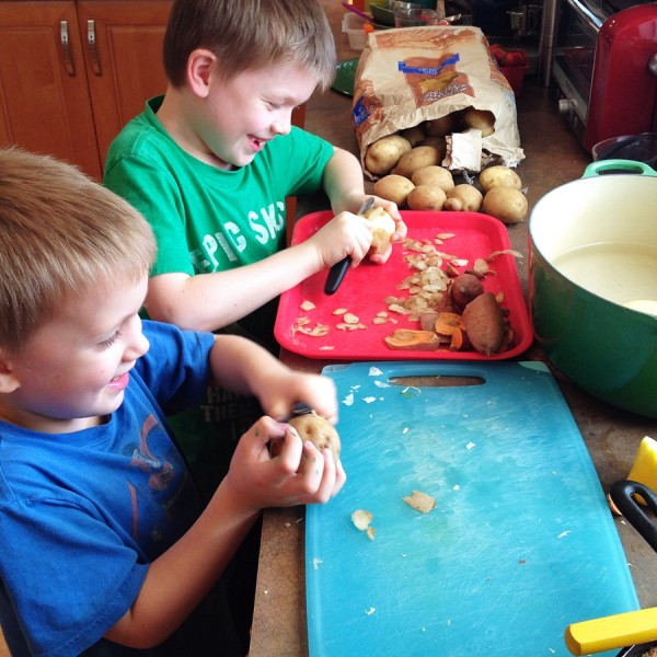 boys peeling potatoes-1