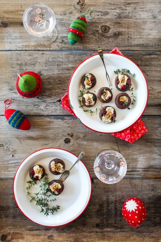 Brie & Cranberry Stuffed Mushrooms