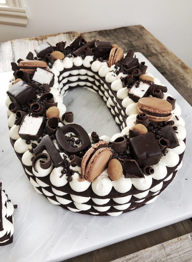 Cream Filled Cake Balls